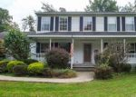 Foreclosed Home en TOLLGATE RD, Zionsville, PA - 18092