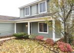 Foreclosed Home en MEADOWOOD DR, Waterford, MI - 48327