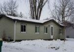 Foreclosed Home en CARDINAL DR, Hugo, MN - 55038