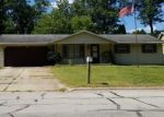 Foreclosed Home en OAK LEAF DR, Green Bay, WI - 54304