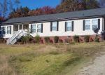 Foreclosed Home en HOLLAND CIR, Axton, VA - 24054