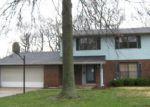 Foreclosed Home en MYRTLEWOOD DR, Belleville, IL - 62223