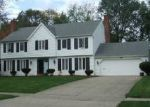 Foreclosed Home en PRINCE CHARLES AVE, Westlake, OH - 44145