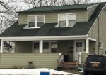 Foreclosed Home en E MOLLOY RD, Syracuse, NY - 13211