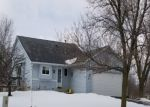 Foreclosed Home en VAN SLOUN RD, Chaska, MN - 55318