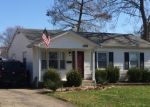 Foreclosed Home in FUREEN DR, Louisville, KY - 40218