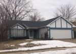 Foreclosed Home en BURNS DR, Elgin, IL - 60120
