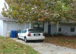 Foreclosed Home en CYPRESS LANDING DR, Atlantic Beach, FL - 32233