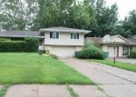 Foreclosed Home in MAPLE DR, Urbandale, IA - 50322