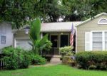 Foreclosed Home en E IDLEWILD AVE, Tampa, FL - 33604