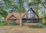 Foreclosed Home en PRESTWICK AVE, Sorrento, FL - 32776