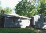 Foreclosed Home en WINDY HILL RD, Hampton, CT - 06247