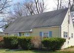 Foreclosed Home en SANFORD PL, Stratford, CT - 06614