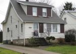 Foreclosed Home en THEODORE ST, Maple Heights, OH - 44137
