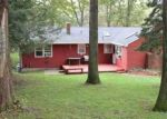 Foreclosed Home en HARWOOD RD, Waterbury, CT - 06706
