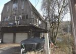 Foreclosed Home en LAKEMERE DR, Southbury, CT - 06488