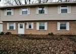 Foreclosed Home in ROCKHURST RD, Bolingbrook, IL - 60440