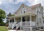 Foreclosed Home en PILGRIM RD, Menomonee Falls, WI - 53051