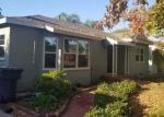 Foreclosed Home en LINWOOD PL, Riverside, CA - 92506