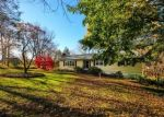 Foreclosed Home en HERBERT ST, Milford, CT - 06461