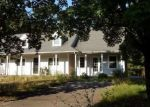 Foreclosed Home en JOY RD, Middlebury, CT - 06762