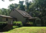 Foreclosed Home en HANOVER RD, Newtown, CT - 06470