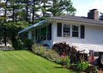 Foreclosed Home en POVERTY HOLLOW RD, Newtown, CT - 06470