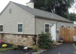 Foreclosed Home en WILLOW ST, Southampton, PA - 18966