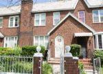 Foreclosed Home en EDGEWOOD AVE, Springfield Gardens, NY - 11413