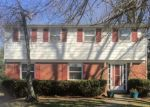 Foreclosed Home en TWIN OAK DR, Pittsburgh, PA - 15235