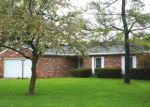 Foreclosed Home in VALLEYBROOK DR, Middletown, OH - 45044