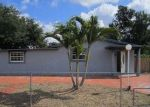 Foreclosed Home en SW 40TH AVE, Hollywood, FL - 33023