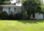 Foreclosed Home en FIELD ST, Bristol, CT - 06010