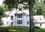 Foreclosed Home en CROSS HWY, Fairfield, CT - 06824