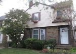 Foreclosed Home en GROSVENOR RD, Cleveland, OH - 44118