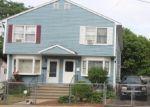 Foreclosed Home en HORACE ST, Bridgeport, CT - 06610