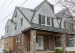 Foreclosed Home en PARHAM RD, Springfield, PA - 19064