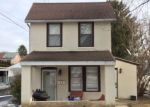 Foreclosed Home en N CHURCH ST, Clifton Heights, PA - 19018