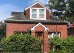 Foreclosed Home en KINGSLAND AVE, Bronx, NY - 10469