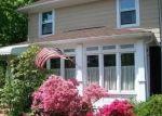 Foreclosed Home en MOFFITT BLVD, Islip, NY - 11751
