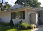 Foreclosed Home en FELLER DR, Central Islip, NY - 11722