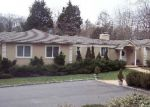 Foreclosed Home en HUNTINGTON RD, Cold Spring Harbor, NY - 11724