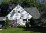 Foreclosed Home in TARDY LN N, Wantagh, NY - 11793