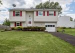 Foreclosed Home in LIMESTONE LN, Farmington, NY - 14425