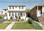 Foreclosed Home en OAKLEY AVE, Elmont, NY - 11003