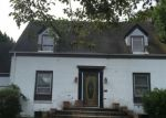 Foreclosed Home en MOORE AVE, Freeport, NY - 11520