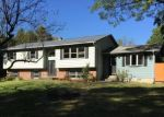 Foreclosed Home en RIDGEFIELD LN, Newburgh, NY - 12550