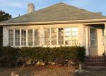 Foreclosed Home en BAYWAY AVE, Brightwaters, NY - 11718