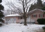 Foreclosed Home in SHAMROCK DR, Rochester, NY - 14623