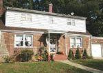 Foreclosed Home en ARKANSAS DR, Valley Stream, NY - 11580